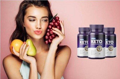 Purefit Keto, Frau mit Früchten