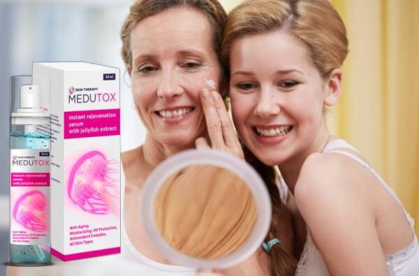 Frauen vor einem Spiegel, Medutox