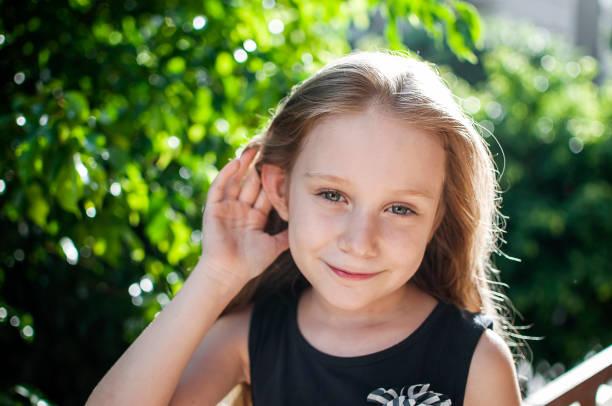 Kind, Ohren, Gehör